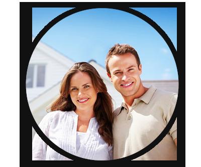 happy-homeowners-family
